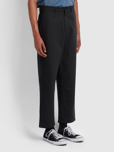 HAWTIN RELAXED FIT HOPSACK CROPPED TROUSERS IN DEEP BLACK