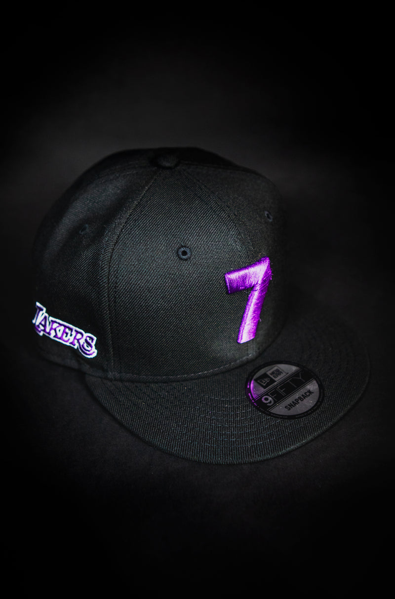 LOS ANGELES LAKERS BLACK 7 SNAPBACK
