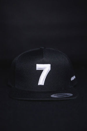 COMPOUND '7' BLACK SNAPBACK