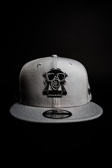 GASMASK SNAPBACK COOL GREY