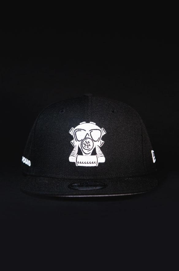 GASMASK FITTED BLACK HAT