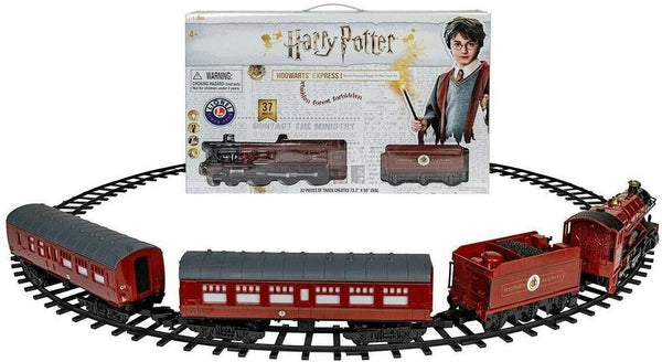 Lionel Station Harry Potter Hogwarts Express Train Set, 37 Pieces