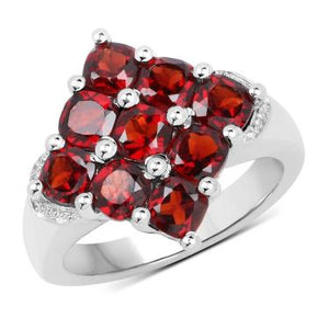 Fascinating Red Wine 2.97ctw Garnet Ring