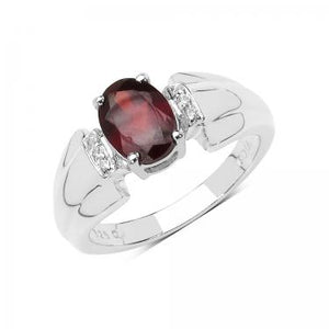 Pretty In Red 1.60ct Garnet Ring