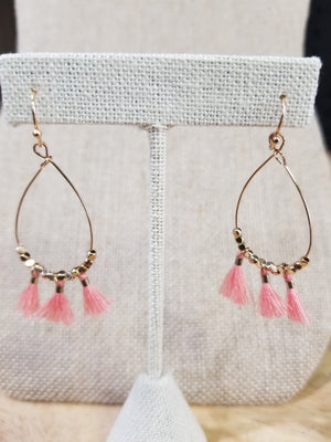 Small Oval Gold Earrings With Tassel