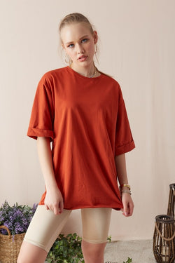 Women's Wide Cut Roll-up Sleeves Tile Red T-shirt