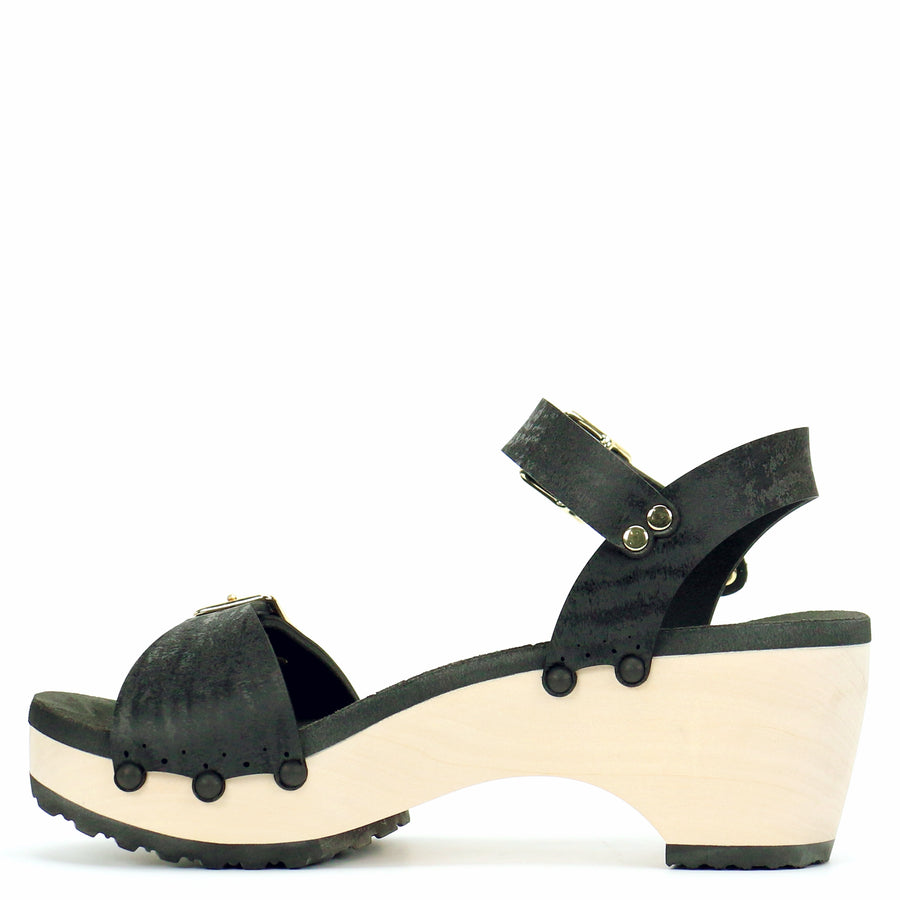 Mid Clog Buckle Toe Ankle in Midnight - Mohop