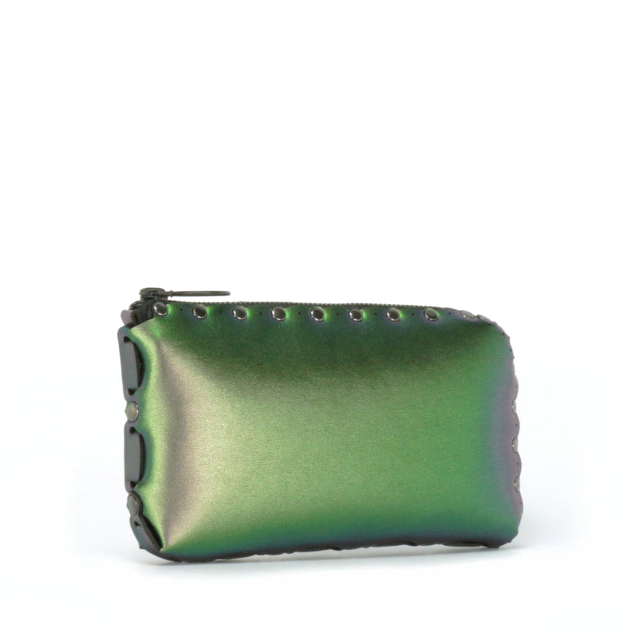 Side view of emerald wallet bag showing handwoven side seam