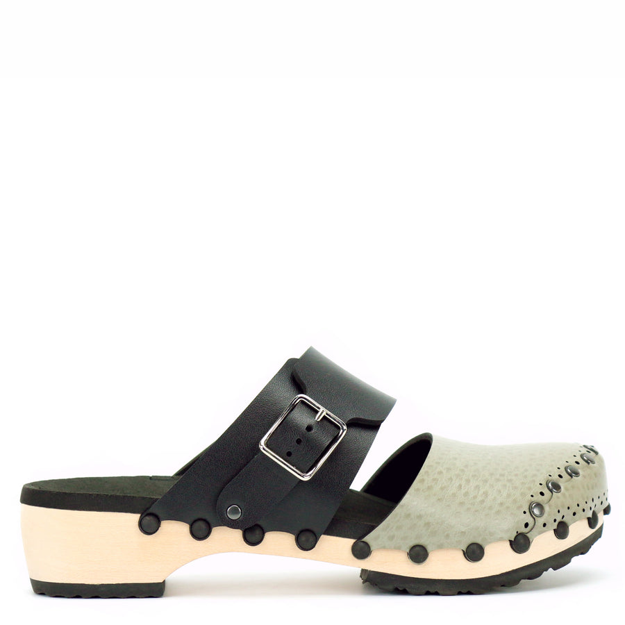 Low clog with taupe closed toe and black mule strap