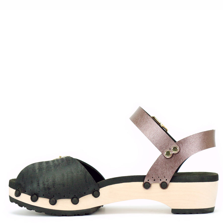 Low peep toe ankle clogs in midnight and rose gold