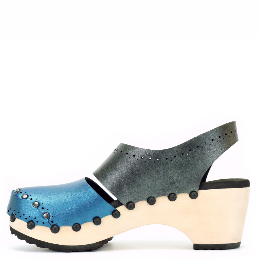Mid slingback clogs with blue and grey vegan leather