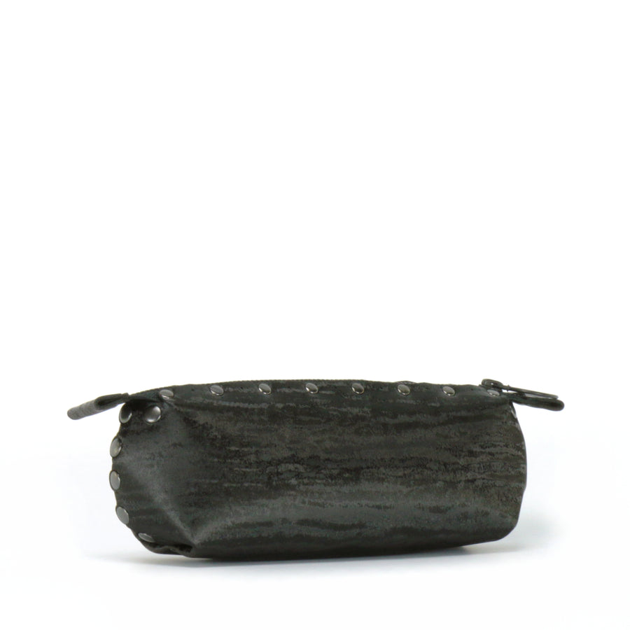 Side view on onyx pencil bag