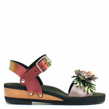 Low Wedge Flower Toe Ankle in Rose and Ruby