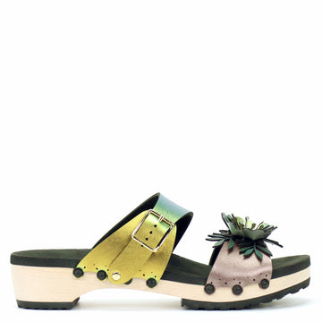Low Clog Flower Toe Mule in Rose and Scarab