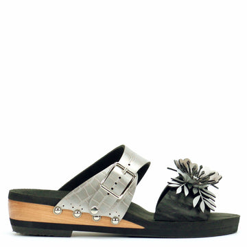 Low Wedge Flower Toe Mule in Midnight and Croc