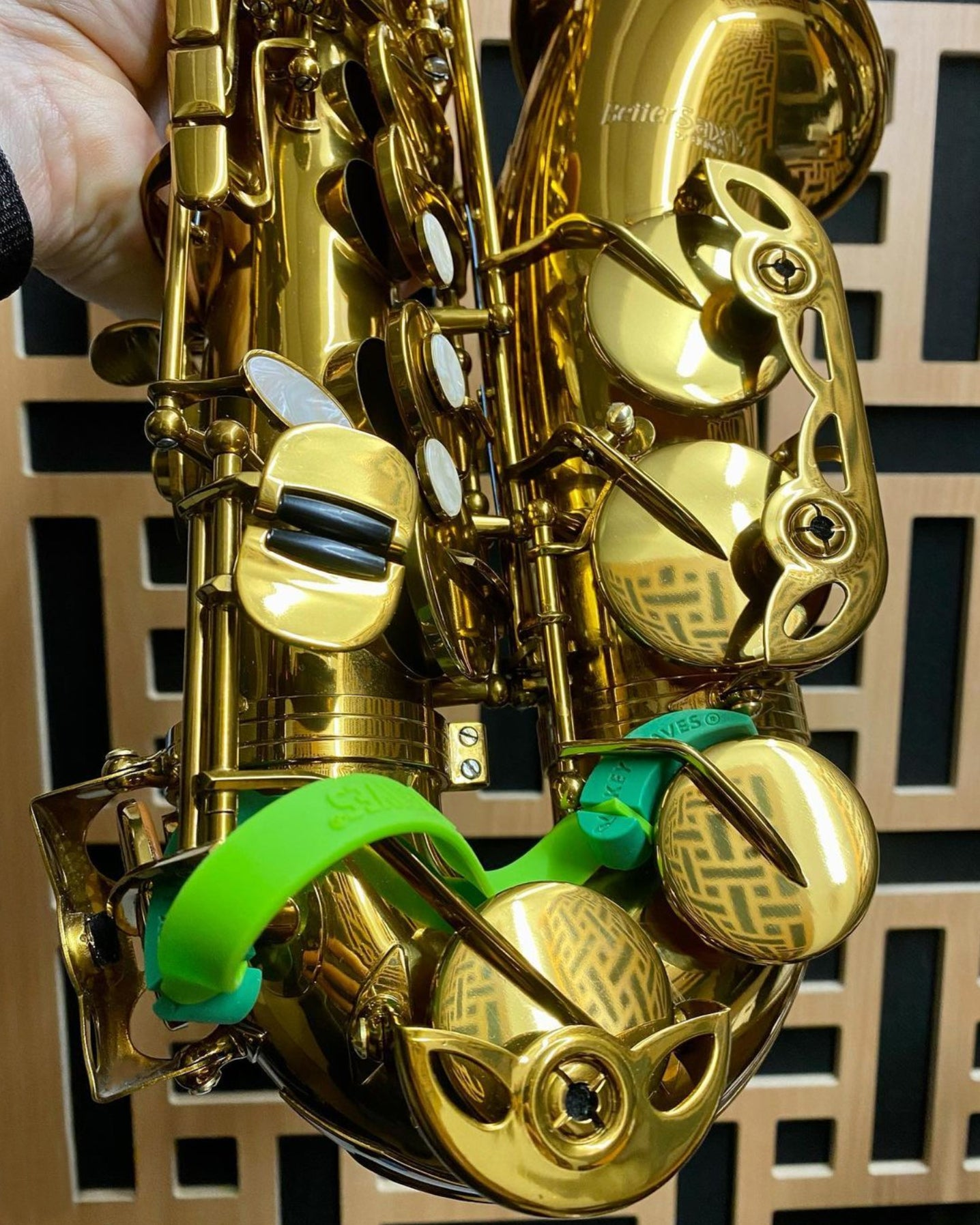 Green Key Leaves saxophone key props used on a gold Better Sax alto saxophone from Conn-Selmer