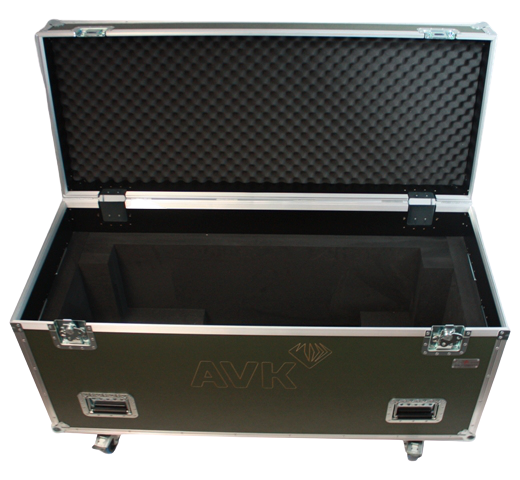 Santosom   Flight case PRO , Robert Juliat Super Korrigan 1149