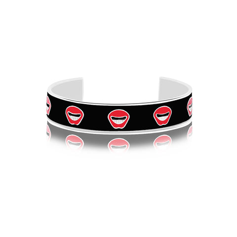 Shop for Lip Smacking Enamel Bangle on Talisman World Online At Best Price. Unique collection of Sterling Silver Bangles Online Only At Talisman World. Free Shipping & COD Available.
