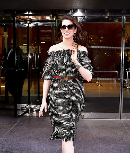 ANNE HATHAWAY WEARS THE CASSIO EARRINGS