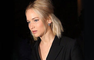 JENNIFER LAWRENCE IN THE LANCIA EAR JACKET IN SILVER AND BLACK PEARL