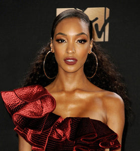 JOURDAN DUNN WEARS THE SFERA 4.0 HOOP EARRINGS