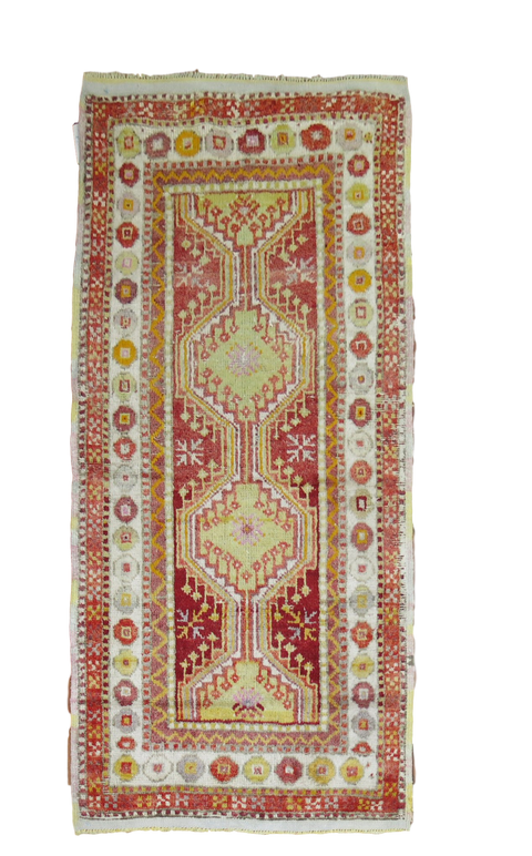 Heir Looms Vintage Turkish Runner No. R4589 (3 x 5)