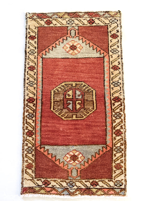 Heir Looms Vintage Turkish Rug No. 181