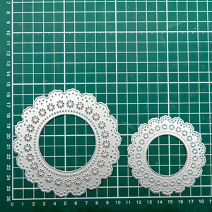 Stackable Lace Border Dies