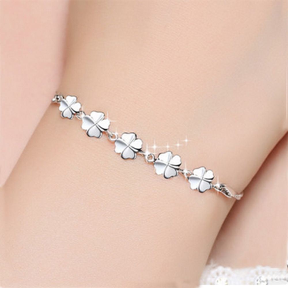 CHARMING SILVER CLOVER LEAF PENDANT LUCKY CHARM BRACELET