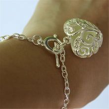 ELEGANT LUMINOUS HEART PENDANT BRACELET [4 VARIATIONS]