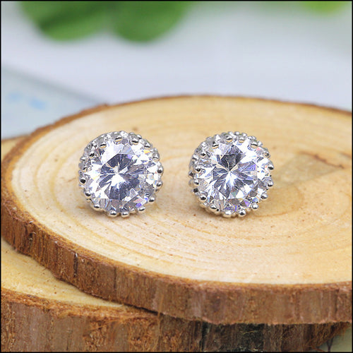 ELEGANT 6MM/8MM GEM MULTI PRONG STUD EARRINGS