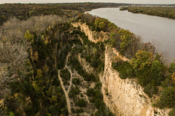 Mines of Spain Trail Running & Hiking in Dubuque, Iowa | Trail of the Week