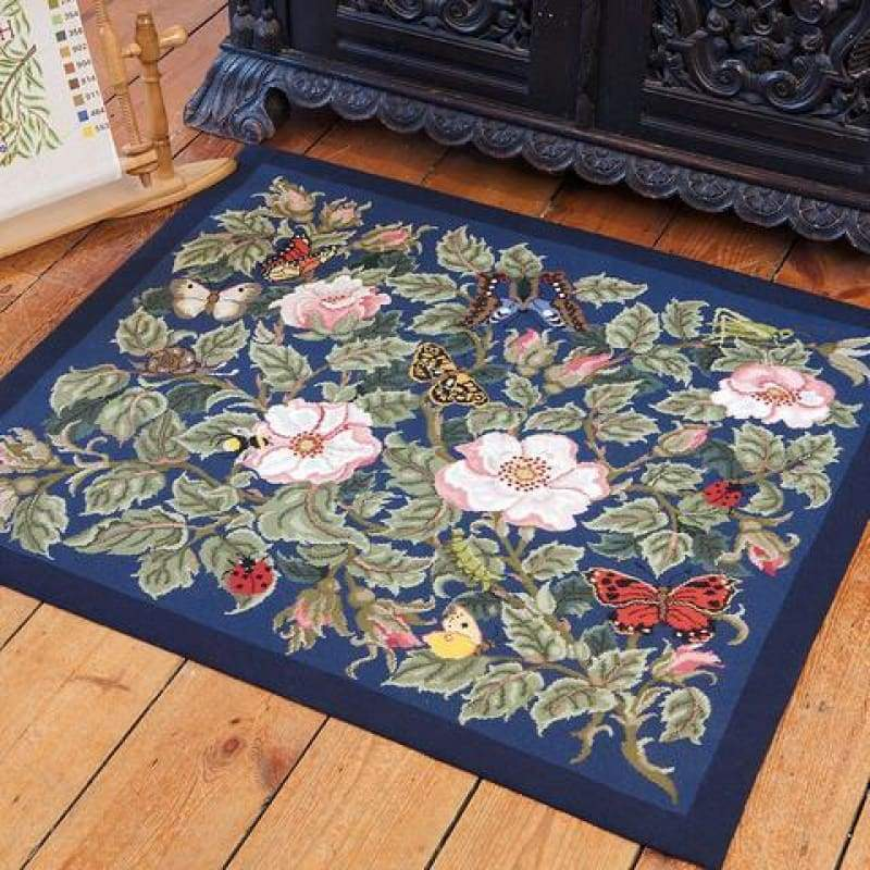 Rose Garden (Blue Background) - Tapestry And Needlepoint