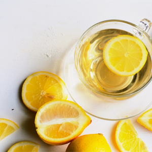 Clear Skin with Hot Water and Lemon