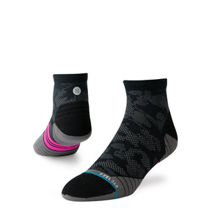 Stance Cycling Socks Upshift Quarter Black