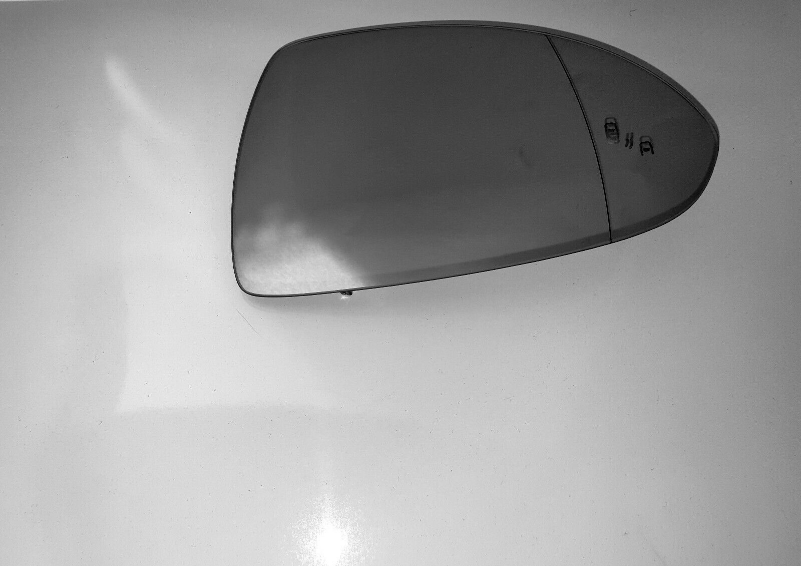 Vauxhall Corsa E Drivers Door Mirror Glass With Blind Spot Alert New OE Part 13444457*