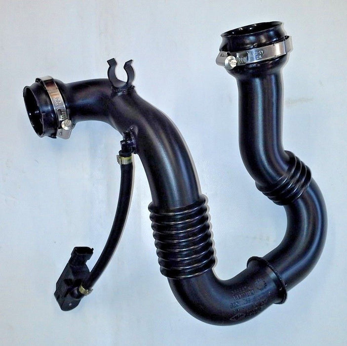 Vauxhall Vivaro A 2.0 M9R CDTi Diesel Turbo Intercooler Inlet Pipe Hose New OE Part 93864697