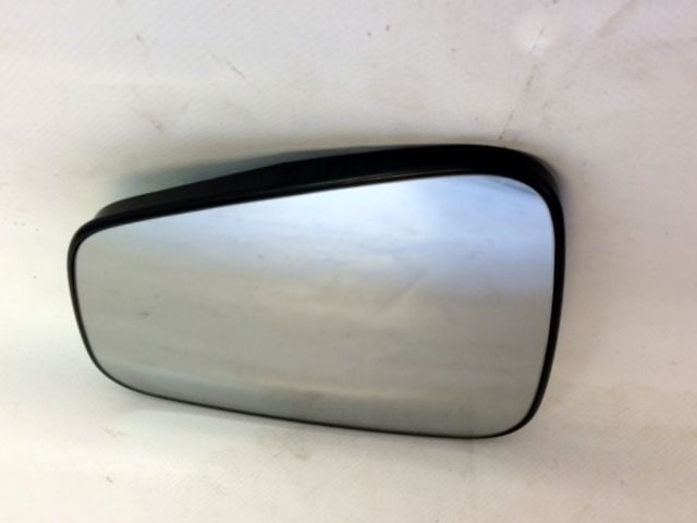 GENUINE VAUXHALL MOKKA N/S PASSENGER SIDE ELECTRIC DOOR MIRROR GLASS. 95183203
