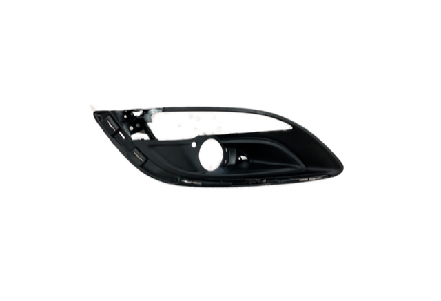 Vauxhall Astra J (2010-) 5 Door RH Front Fog Light Grille New OE Part 13387225