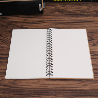 Classic Sketch Book - For Drawing & Illustration