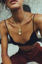 Load image into Gallery viewer, Sweet as honey - Halsband i guld