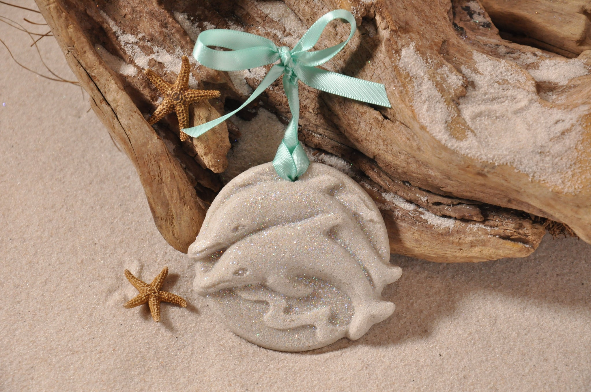 SAND ORNAMENT, CHRISTMAS TREE ORNAMENT, TROPICAL CHRISTMAS DECORATIONS, COASTAL ORNAMENT, SAND ORNAMENT, TROPICAL ORNAMENT, ARENOPHILE, SANTA, CHRISTMAS ORNAMENT, FLORIDA, DOLPHINS