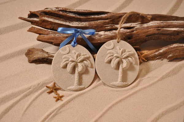 Palmetto Palm Tree with Crescent Moon (South Carolina) Sand Ornament