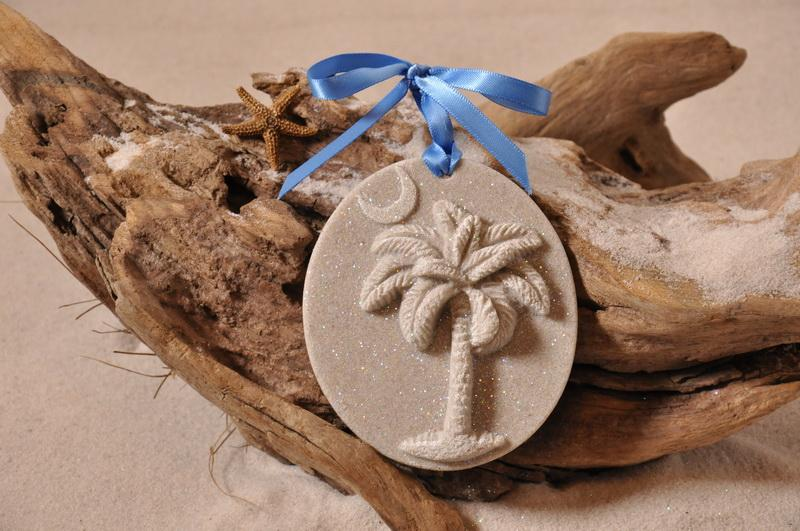 SAND ORNAMENT, CHRISTMAS TREE ORNAMENT, TROPICAL CHRISTMAS DECORATIONS, COASTAL ORNAMENT, SAND ORNAMENT, TROPICAL ORNAMENT, ARENOPHILE, SANTA, CHRISTMAS ORNAMENT, SOUTH CAROLINA, PALMETTO PALM, CRESCENT,