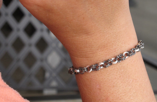 Chainmaille Mastering the Basics Twisted Gunmetal Bracelet