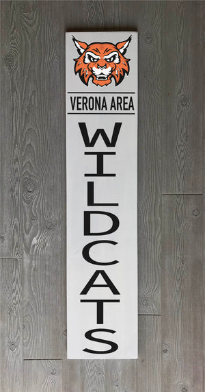 Welcome Sign with Wildcat