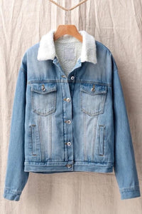 Throwback Denim Jacket - LIGHT WASH