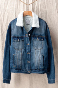 Throwback Denim Jacket - MEDIUM WASH