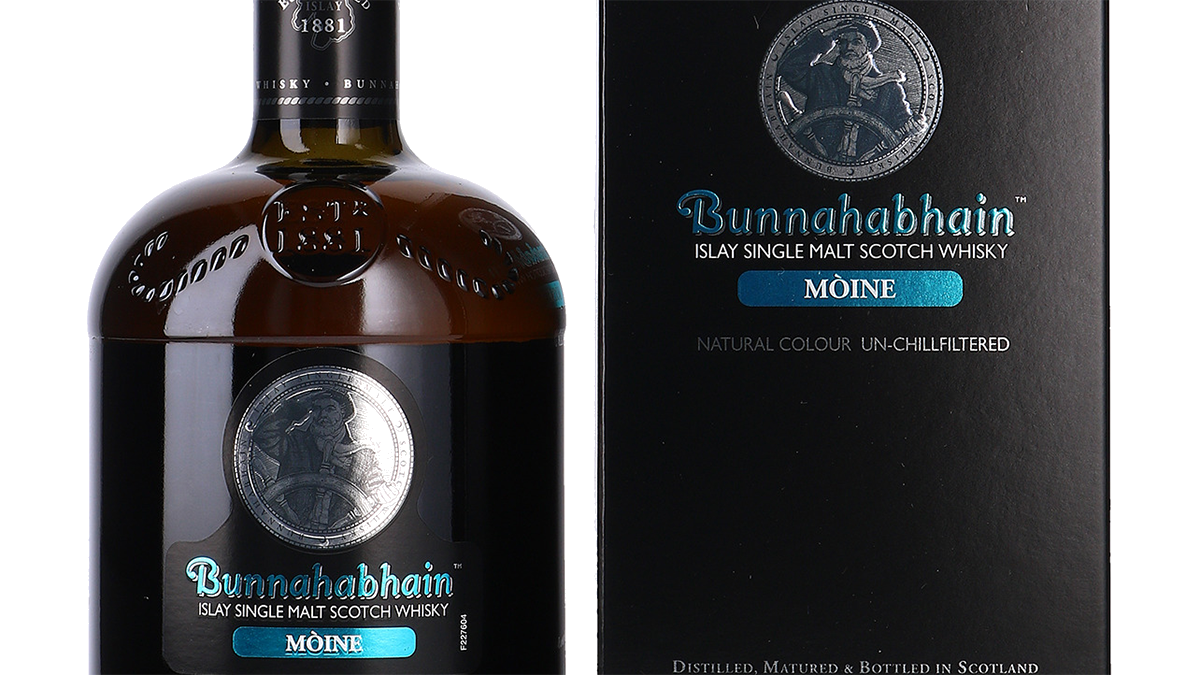 A bottle of Moine by Bunnahabhain Scotch Whisky
