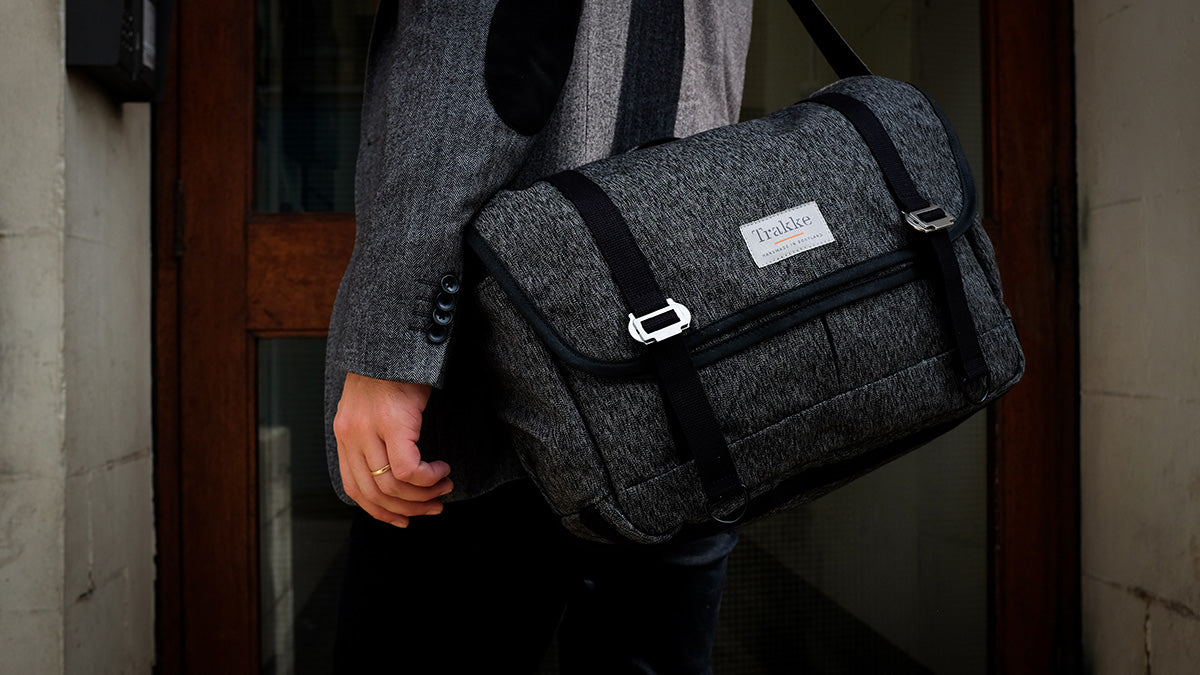 work messenger bag for business travel